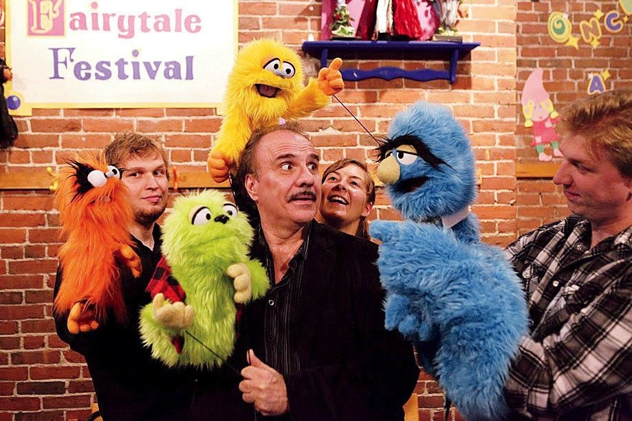 Wonder W. reccomend Adult puppet shows