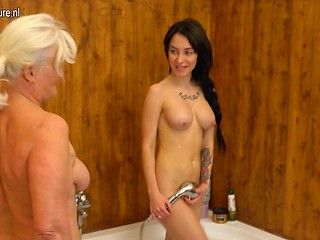 Sunny reccomend Japanese lesbian in the shower porn