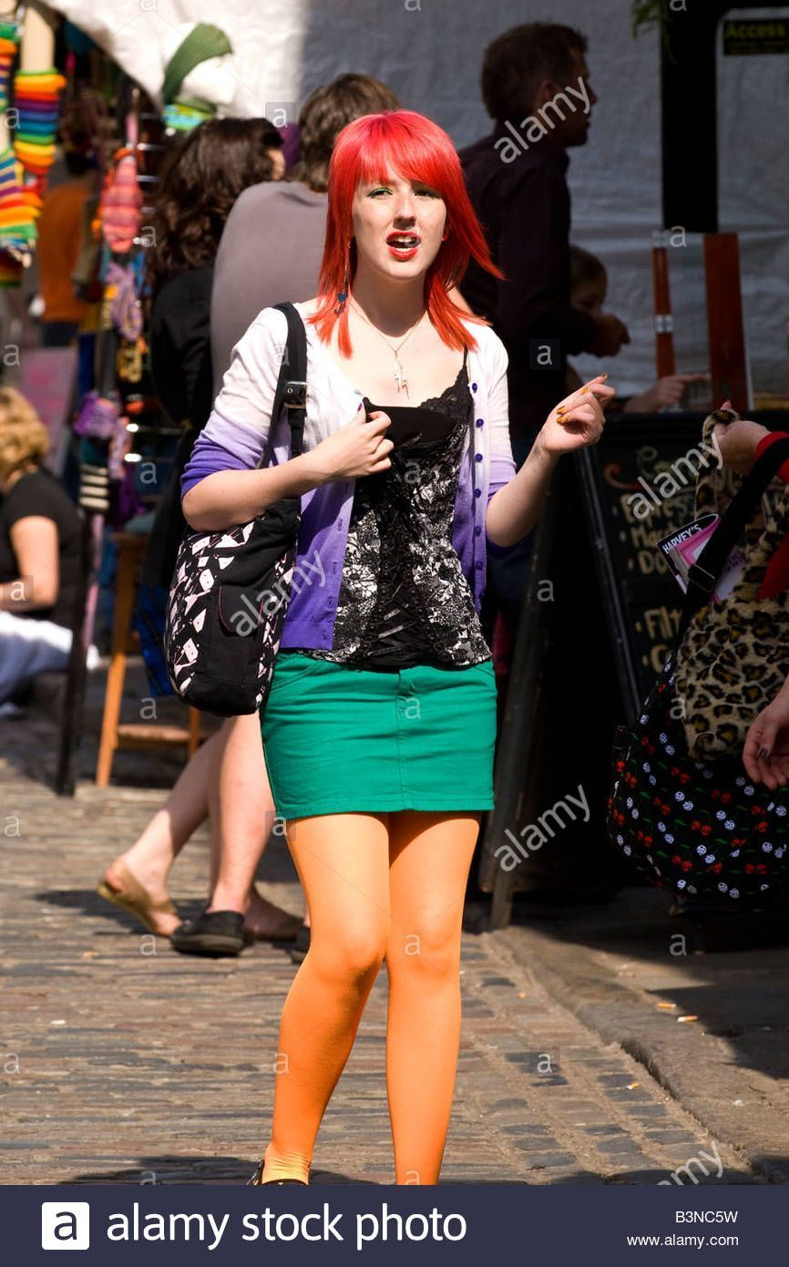 Free pantyhose pics mini skirts — 12