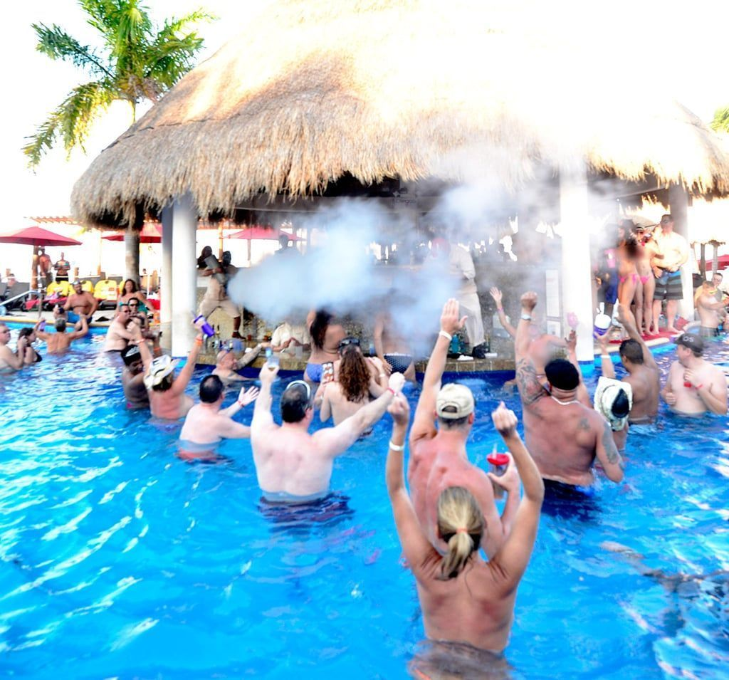Cancun swinger resorts