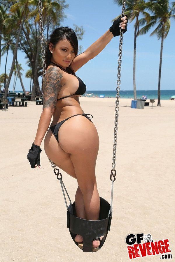 Big bikini sex