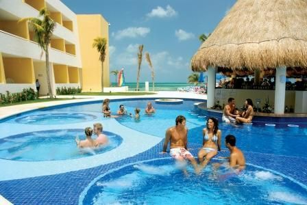 Duckling reccomend Cancun swinger resorts