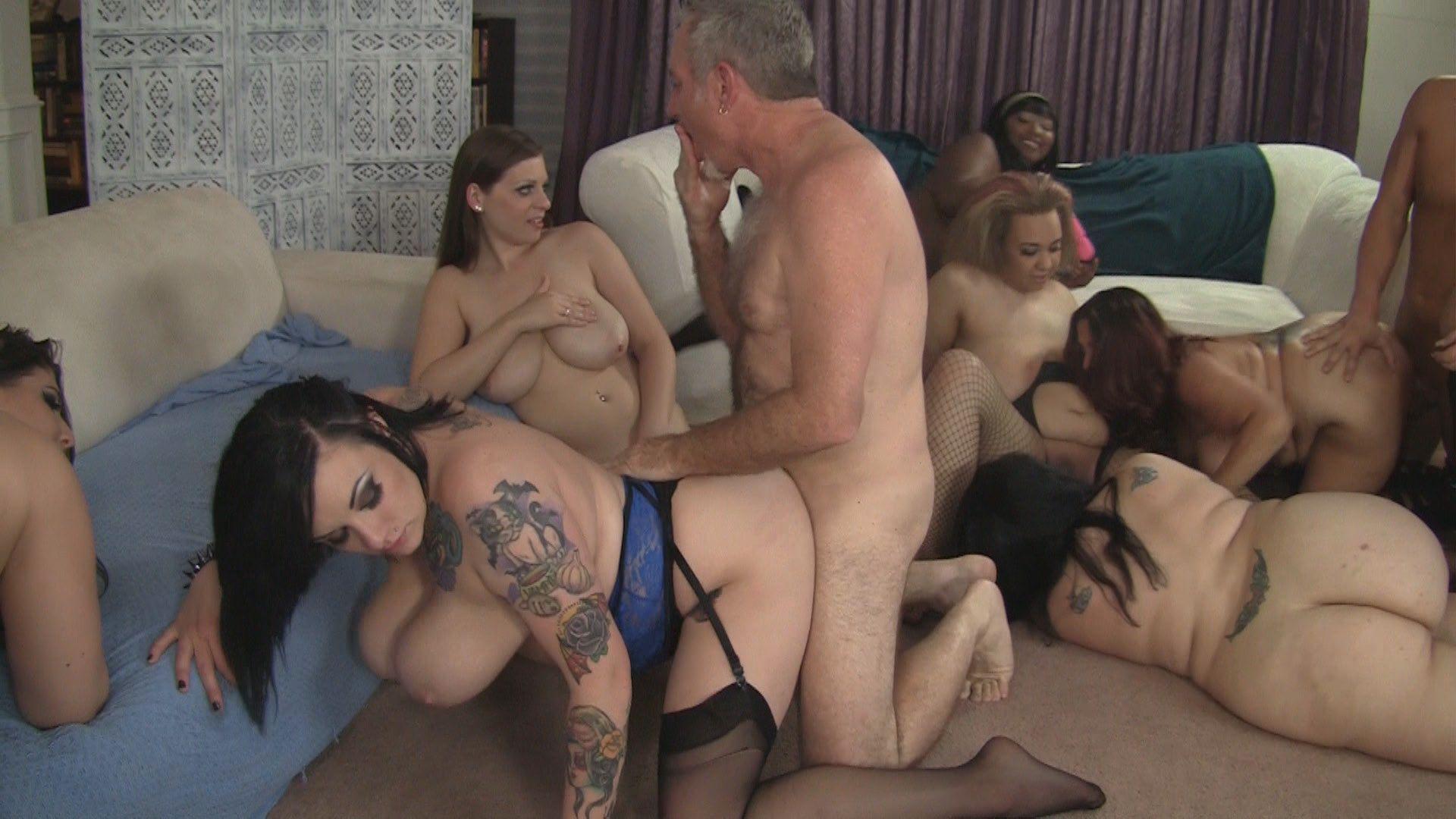 Women flashing tits gifs