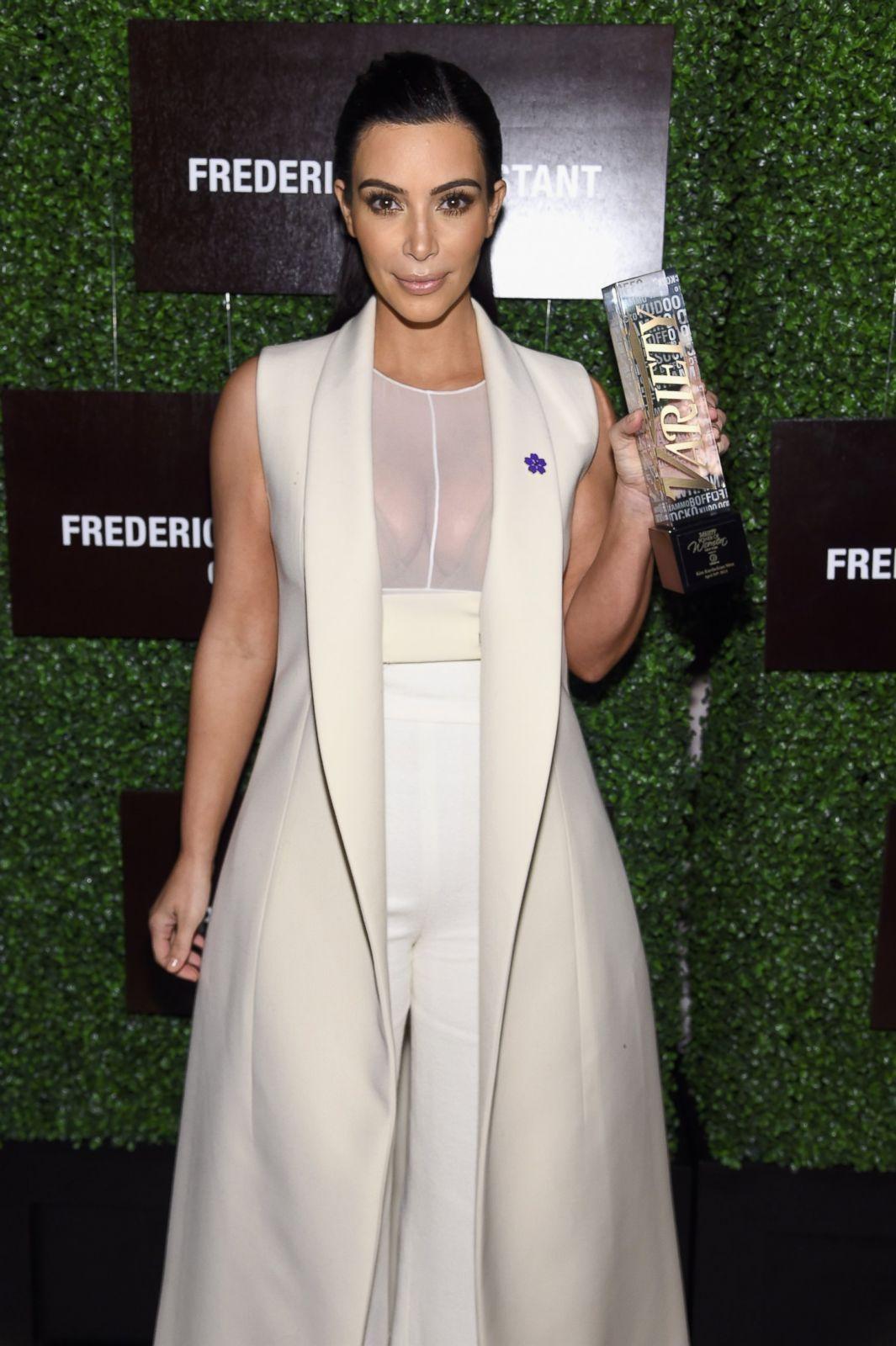 Kim k golden shower clip