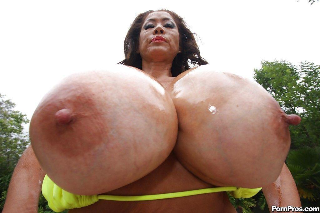 porn boobs clips of Freaks