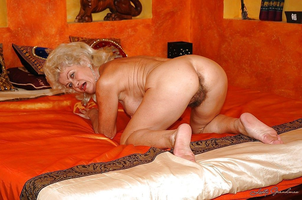 granny ass Naked