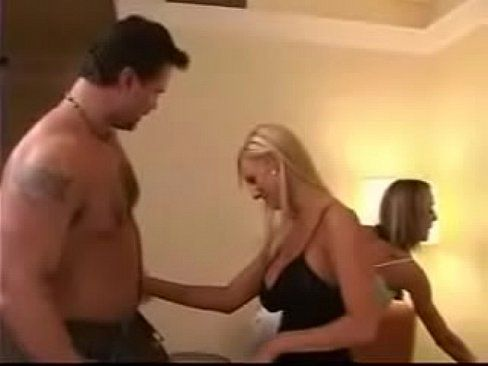 Free sex video married couple threesome