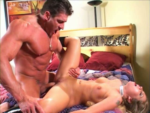 Lightening B. reccomend Missionary anal milf
