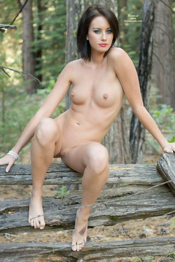 Nude women voyeur web sites