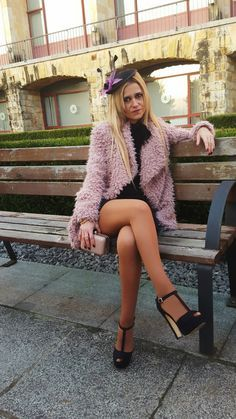 Halfback reccomend Legs in tan pantyhose