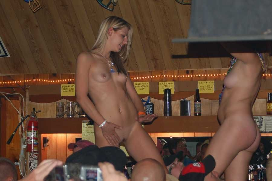 Wife shows pussy in bar