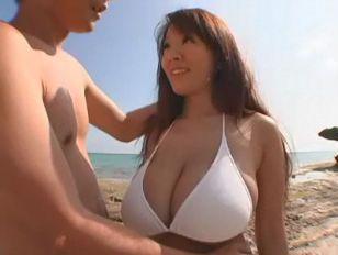 Amatuer bikini beach sex vid