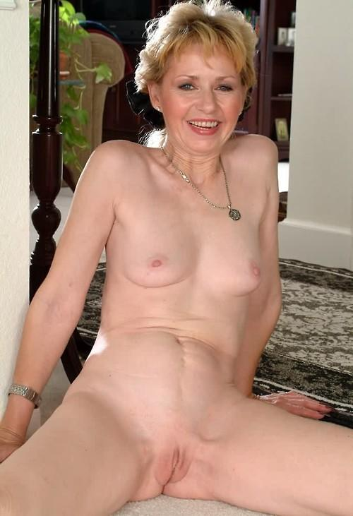 Old young lesbian porn