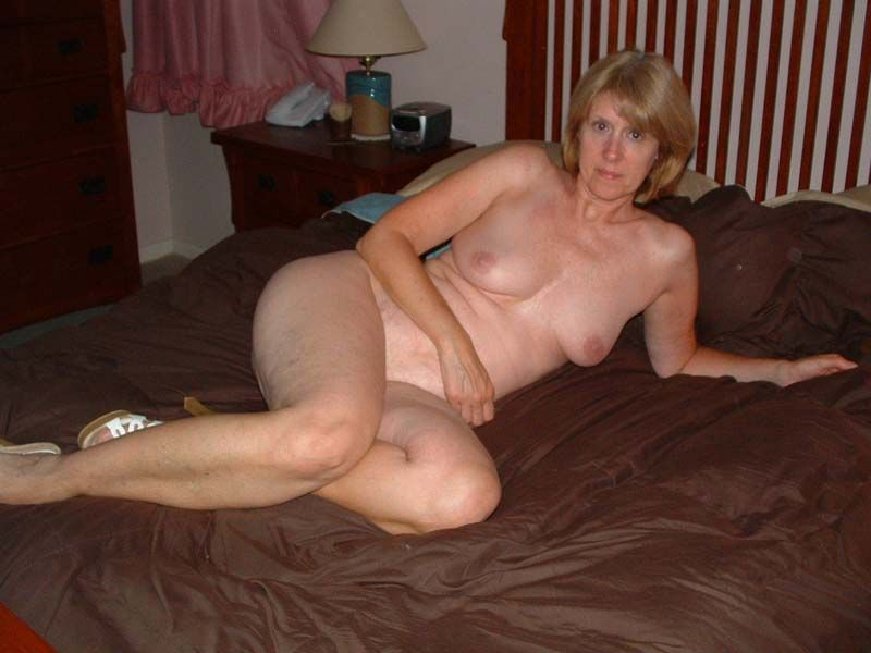 Naked Wife Free Video
