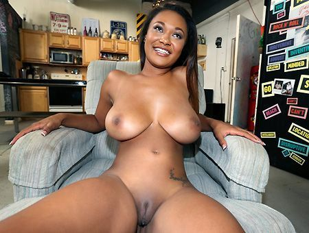 boob round Ass