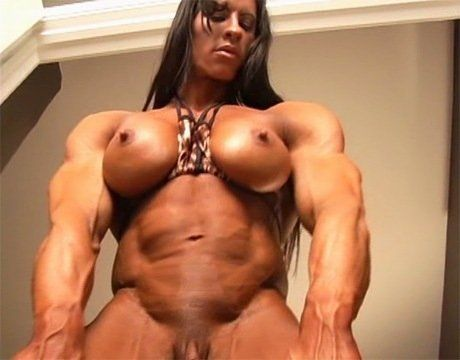 Bodybuilder clit movie