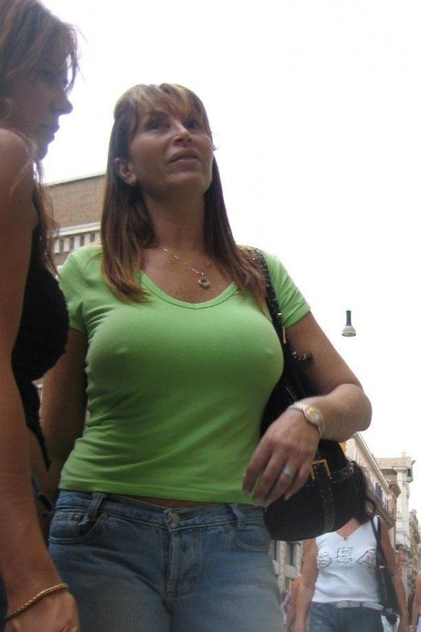 Extreme fisting and huge tits