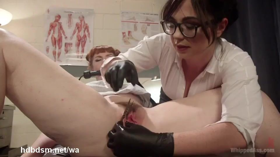 Lesbian doctor dominates her patient
