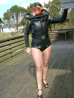 Girls porn wetsuit fetish
