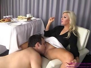Pancake reccomend Serious lick pussy tube