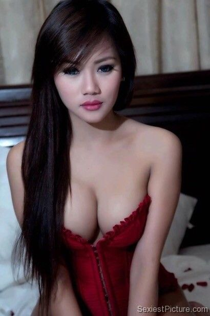 boob Hot asian girl