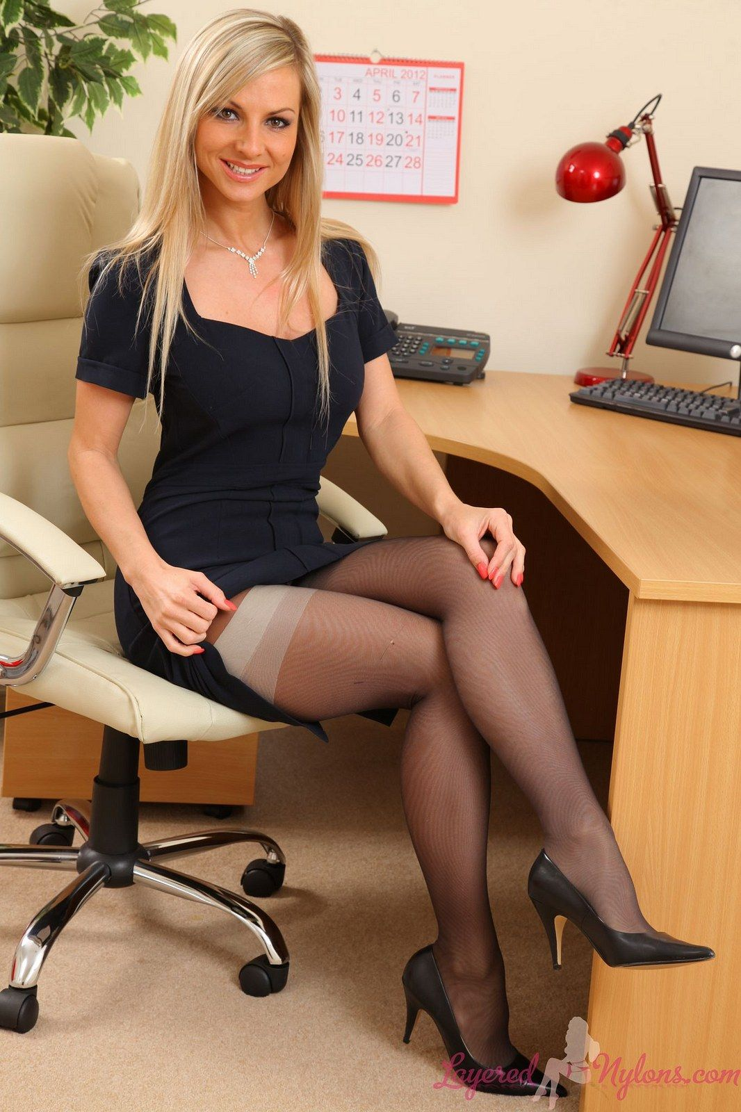 Webshots highheels and pantyhose