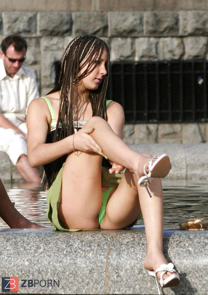 best of Upskirt Candid pics public