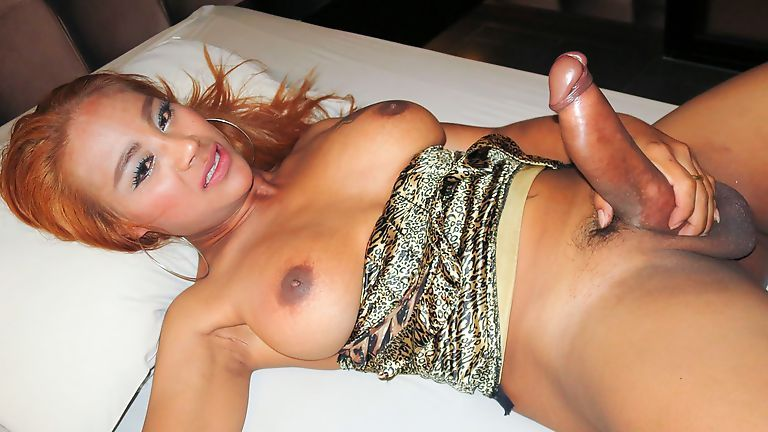 best of Sheamales pissing Asian Luna recomended Hustler hollywood st louis