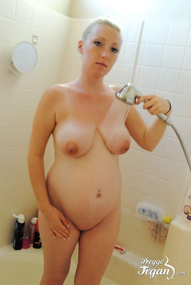 Dandelion reccomend Coach fucks girl in the shower