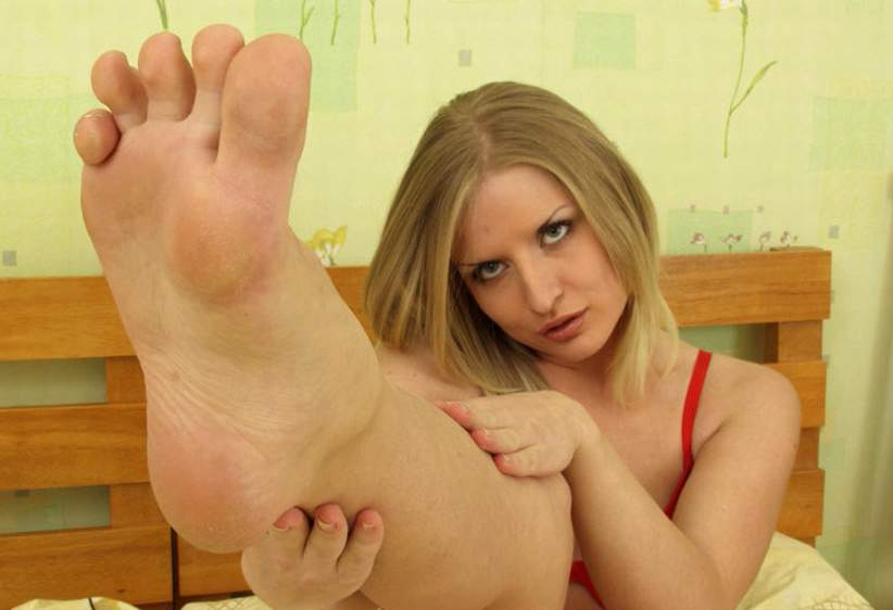 Bare clip facestanding fetish foot foot free pic vid