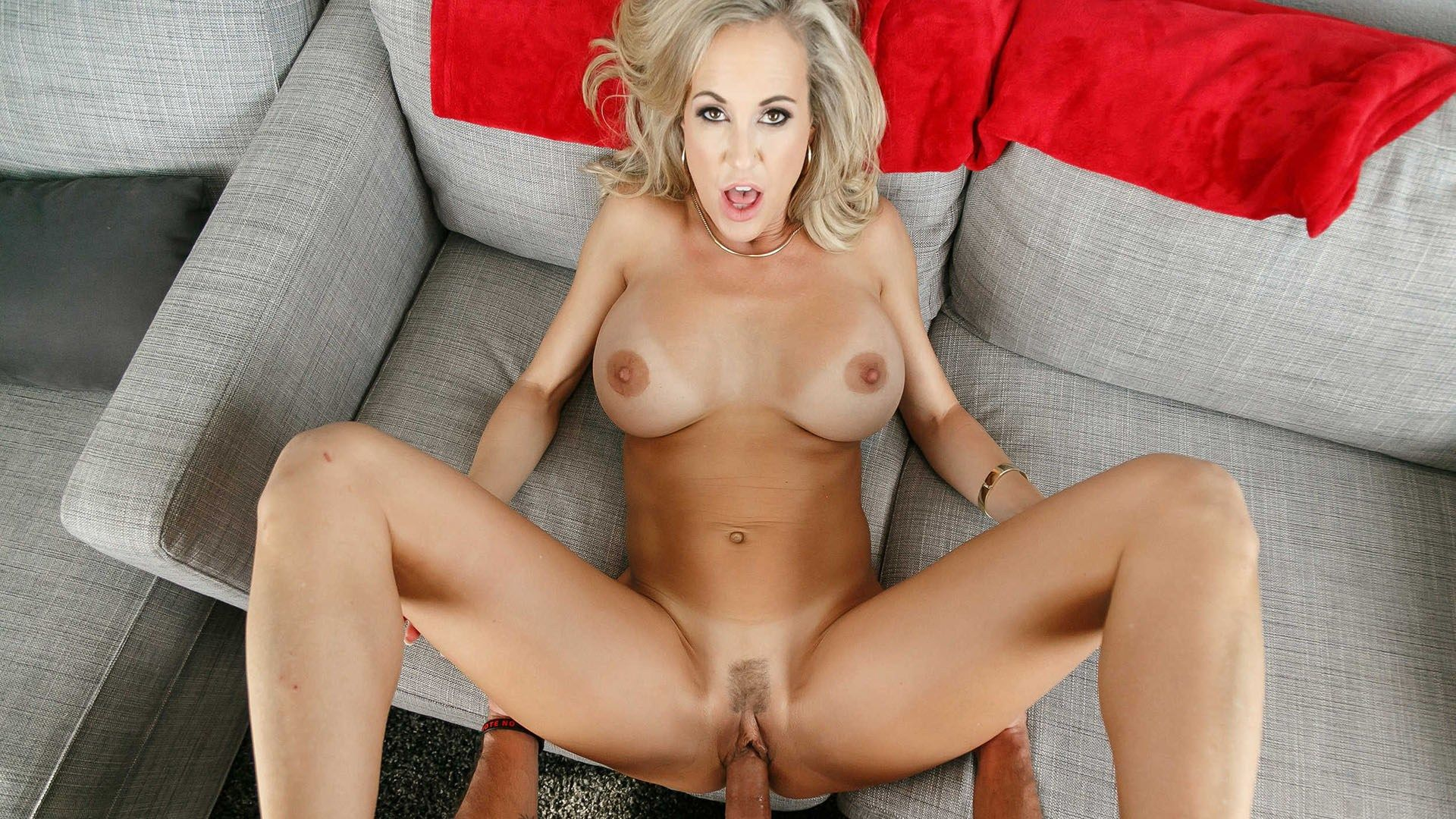 Horny milf comes over to fuck