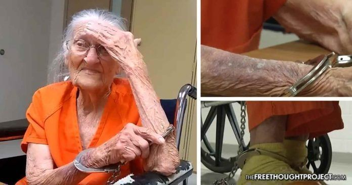 Elderly Woman Porn - Elderly women hand jobs . Porn archive. Comments: 5