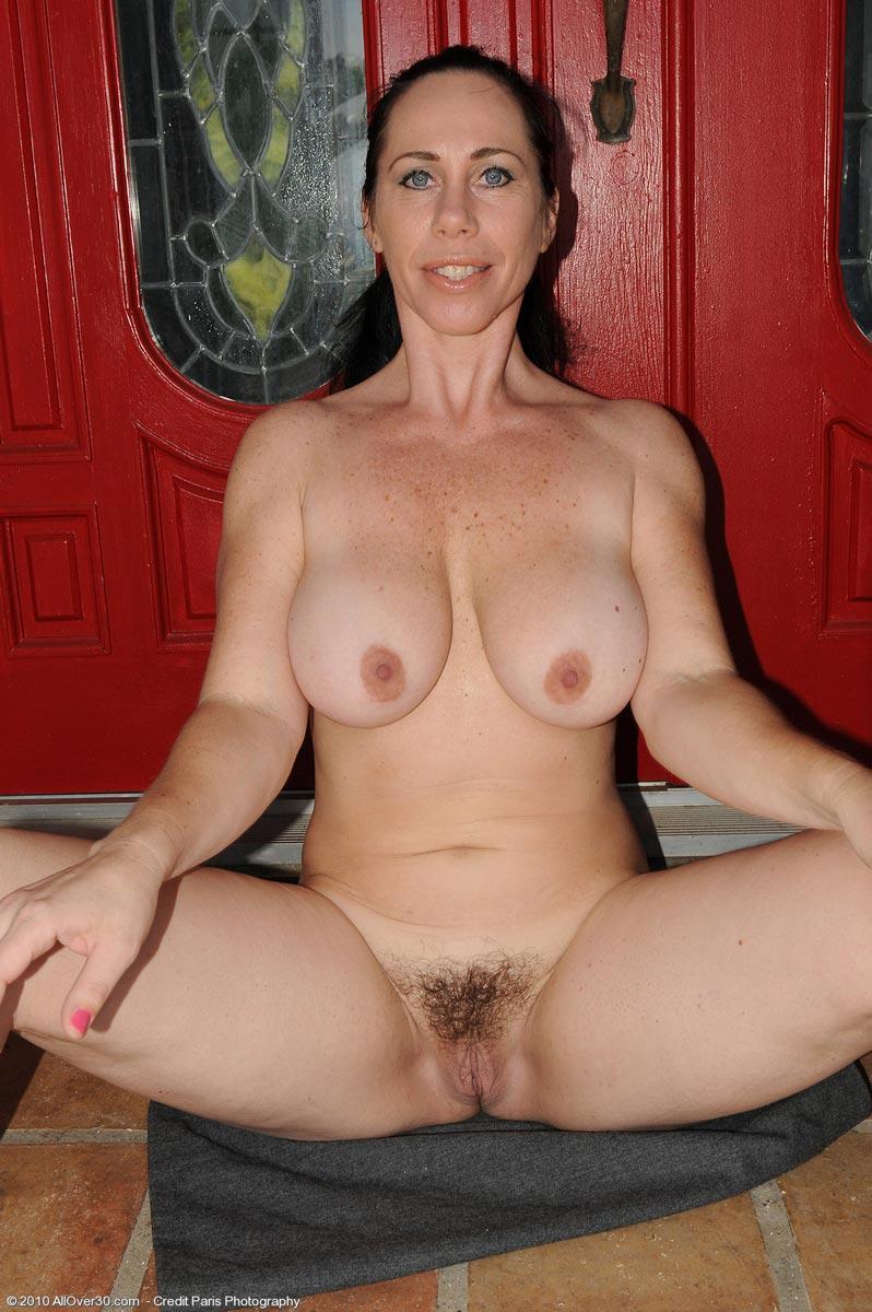 Charming Free housewife mature tgp