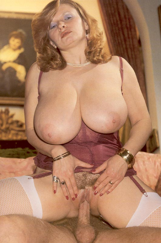 Huge boob sticky fucking