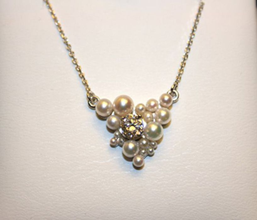 best of Pearl Hand job necklace