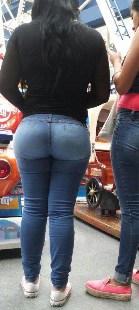 Mature ass parade