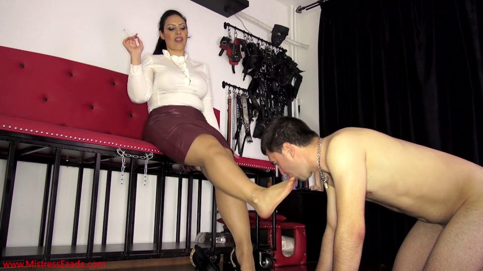 max domination mistress f