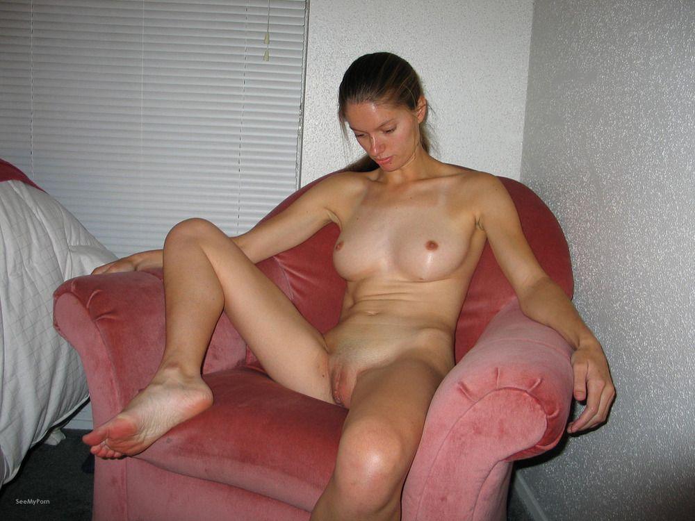 Nude wife exhibition