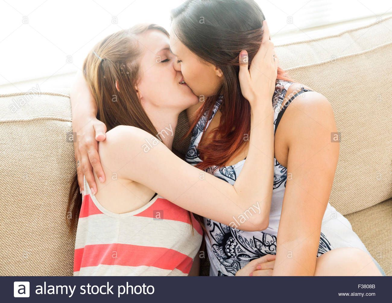 Teen lesbians for free